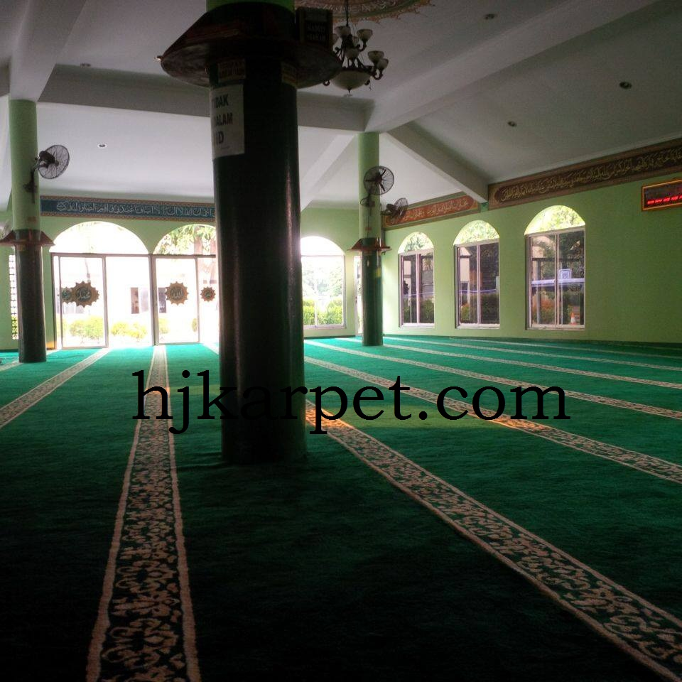 Pemasangan Karpet Masjid PT HILEX Indonesia