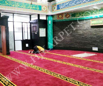 Pemasangan Karpet Masjid Pelayanan Pajak Tangerang