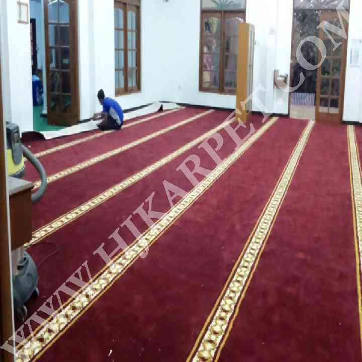 Pemasangan Karpet Masjid Al Muhajirin IPDN Sumedang
