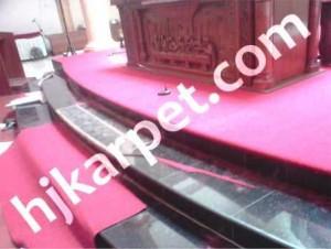 Pemasangan Karpet Gereja Paroki Santo Thomas