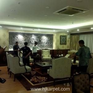 Pemasangan Karpet Ruang ketua DPD-RI