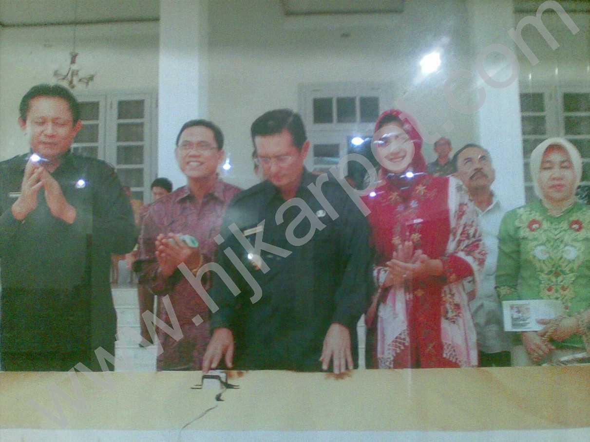 Pemasangan Karpet DPRD Gorontalo