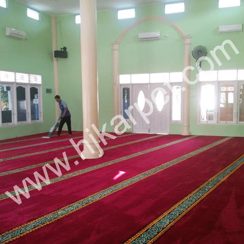 Pemasangan Karpet Masjid An Nuur Marakash Square