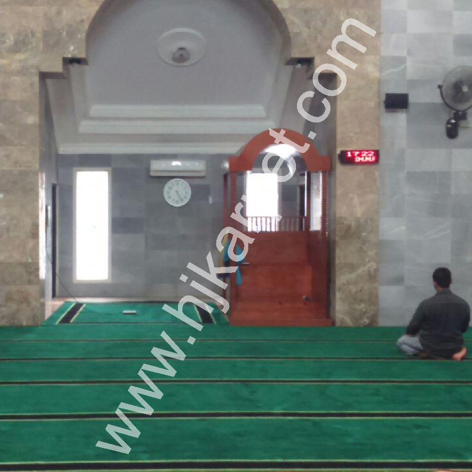 Penerapan Karpet Masjid Baitul Haq