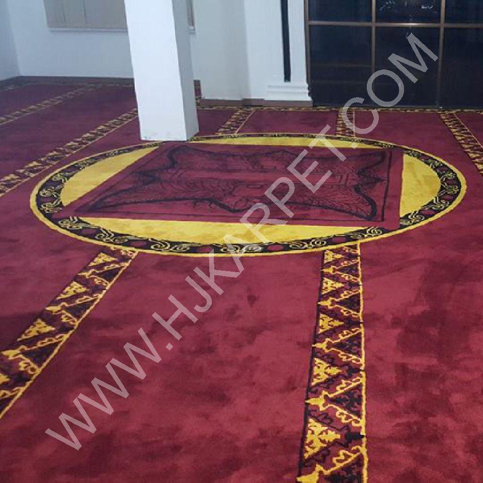 Mencari Malam Lailatul Qadar Masjid Kantor Keuangan Kota Banda Aceh