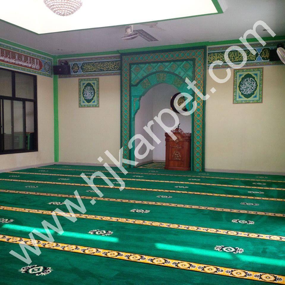 Pemasangan Karpet Masjid Aminul Ihsan