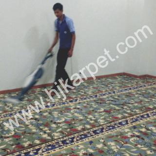 Pemasangan Karpet Mushola JMP Pekayon Motif Raudhoh Bekasi