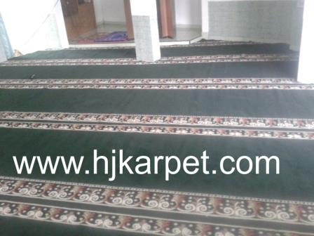 karpet masjid di kapuas hulu
