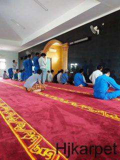 karpet masjid di luwu timur