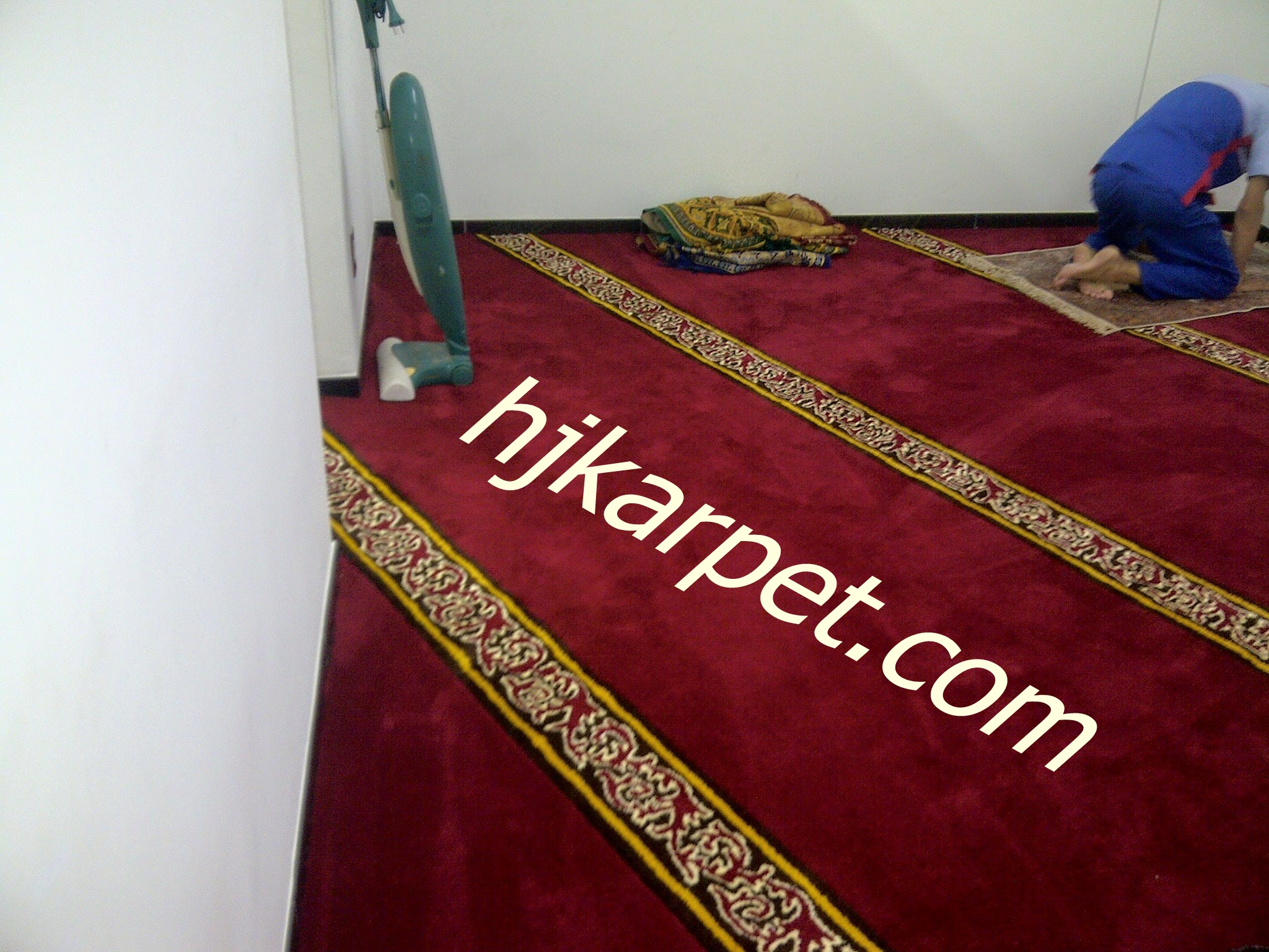 karpet masjid di kepulauan siau tagulandang biaro
