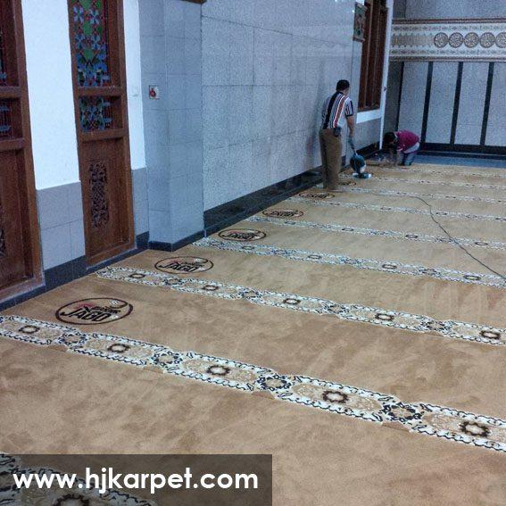 karpet masjid di luwu utara
