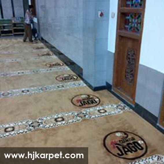 karpet masjid di pinrang