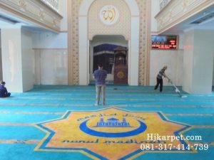 Karpet Masjid Jami Nurul Madinah Ragunan