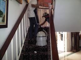 Jasa Membersihkan Karpet Tangga