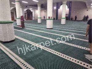 karpet blue mosque